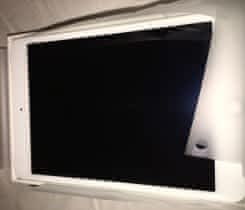 Apple iPad Mini 4 16GB LTE Stříbrný