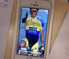 iPhone SE 64gb Gold, cena k jednání