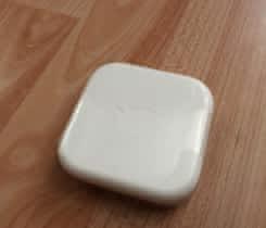 Originální Apple sluchátka-úplně nová