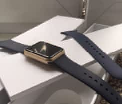 Gold Sport Apple watch 42mm