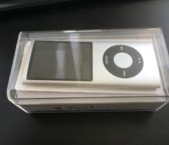 iPod Nano 4. GEN 4GB stříbrný