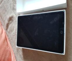 """prodam Apple iPad Pro 9.7"""" 128GB Space G"""