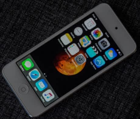  iPod touch 5th. (A1421)
