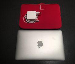 """MacBook AIR 11.6""""/C2D 1.4 GHz/2GB RAM/12"""