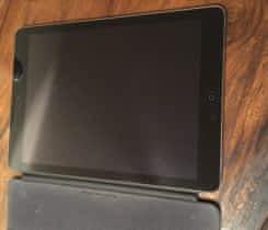 iPad Air / WiFi / 16GB / šedý + Cover