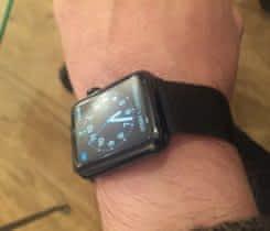 Prodám apple watch 2     42mm  steel