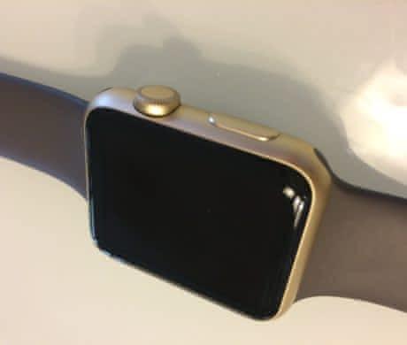 Apple Watch zlatý hliník 42mm