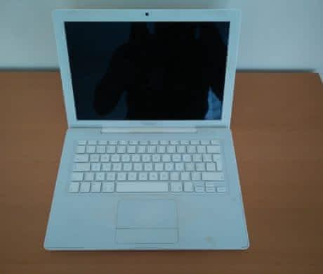 MacBook white 2006 VÝBORNÝ STAV