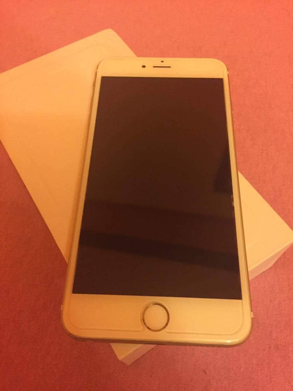 Apple Iphone  Gb Gold