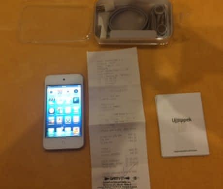 Apple iPod Touch 4G 64GB