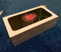 Apple iPhone SE 16 GB Space Grey