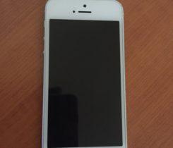iPhone SE 16GB CZ stříbrný