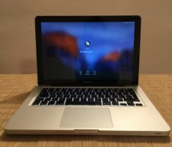 """Jako nový Apple MacBook Pro 13,3"""""""