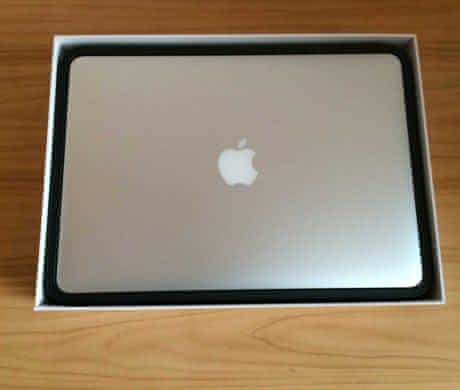 Apple MacBook Air 13 (2010) TOP stav