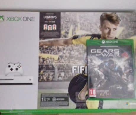 Xbox one S Fifa 17 Bundle (1TB)