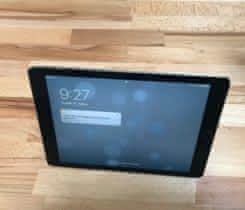 """Prodam iPad Pro 9,7"""" LTE + smart cover"""