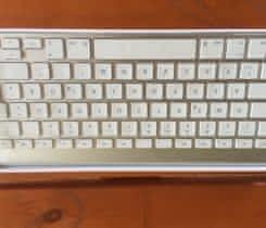 Prodám apple BT klávesnici