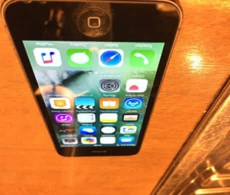 iPhone 5 64Gb Vesmírná šedá neblokovaný