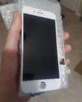 iPhone 7 LCD white osazené