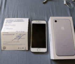 Prodám iPhone 7 32 GB silver měsíc starý
