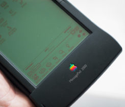 Apple MessagePad 2000