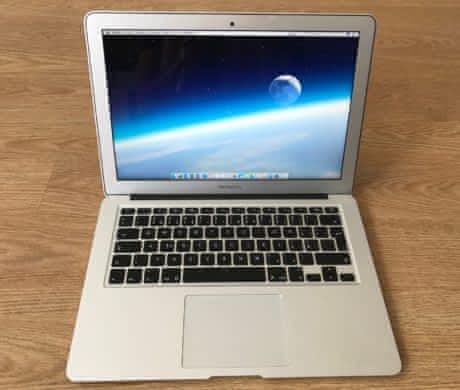 Apple MacBook Air 13, 23 měsíců záruka