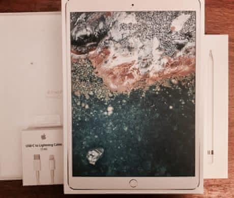 iPad Pro 10.5 256gb,Apple Pen,Smart Case