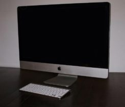 "iMac 27"", late 2009"
