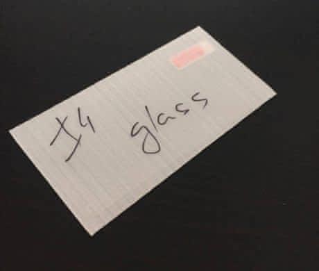 Tvzené sklo pro iPhone 4/4S
