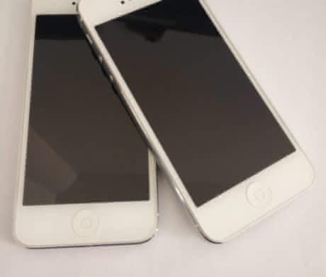 iPhone 5 / 16 GB / silver