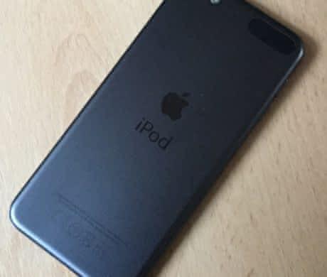 Apple iPod touch 6.gen 16GB vesmírně šed