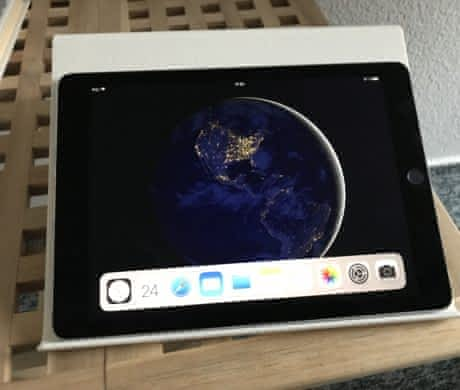 iPad Pro 9,7, 32 GB, šedý