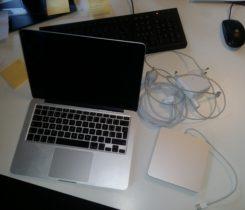 """MacBook Pro 13\"""" 2013, 256GB, TOP STAV"""