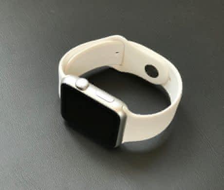 Prodám Apple Watch Sport 42mm (Series 0)