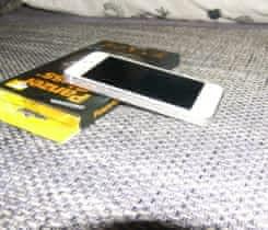 stříbrný Iphone 5, 16 gb