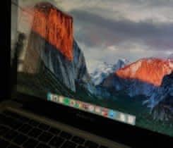 MacBook Pro ( 13palcový )