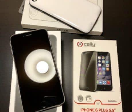 iPhone 6s Plus s bohatým příslušenstvím