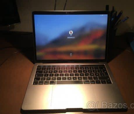 """MacBook Pro 13"""" s Touch Barem 2016"""