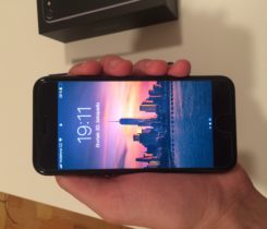 iPhone 7, Jet black 128 GB