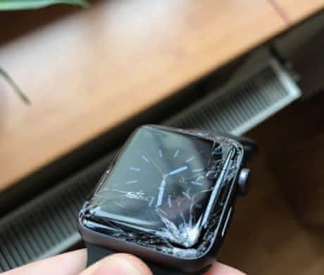 Prodám Apple Watch 42 mm 3 generacr