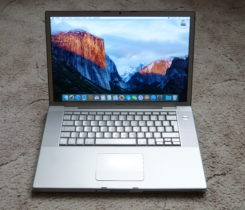 "MacBook Pro 15"", C2D, GeForce8600, 2/200"