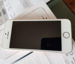 iPhone SE růžový
