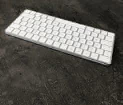 Apple Magic Keyboard – česká