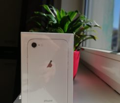 Prodám nový IPhone 8, 64 GB