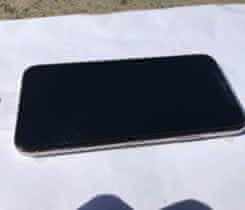 NOVY Iphone X 256g silver. TOP CENA