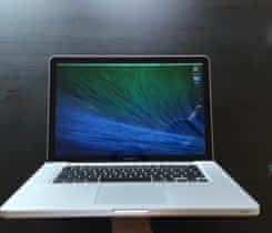 "MacBook Pro 15"", early 2011/16GB RAM/525"