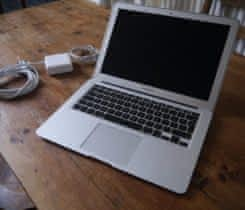 "MacBook AIR 13.3""/i5 1.3GHz/4GB RAM/128G"