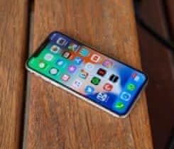 Nefunkční Iphone X