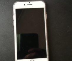 Prodám Iphone s7