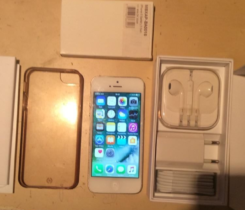 Iphone 5 16 GB white + kryt + baterie